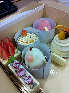 Click image for larger version  Name:ケーキ写真その2.JPG Views:598 Size:95.2 KB ID:5460