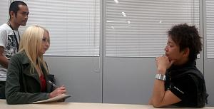 Click image for larger version  Name:interviewphoto.jpg Views:569 Size:85.8 KB ID:76